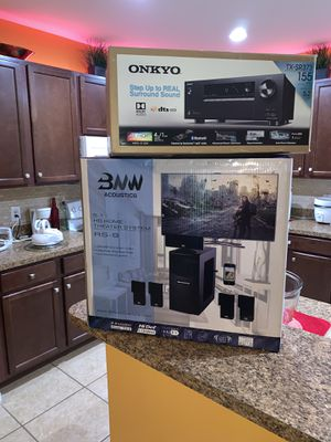Vendo 5.1 HD home theater system onkyo 5.2 4K ultra HD for Sale in Kissimmee, FL