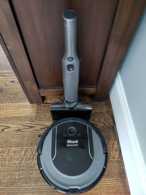SHARK ROBOT VACUUM WITH HANDHELD VACUUM STICK for Sale in Dunstable, MA
