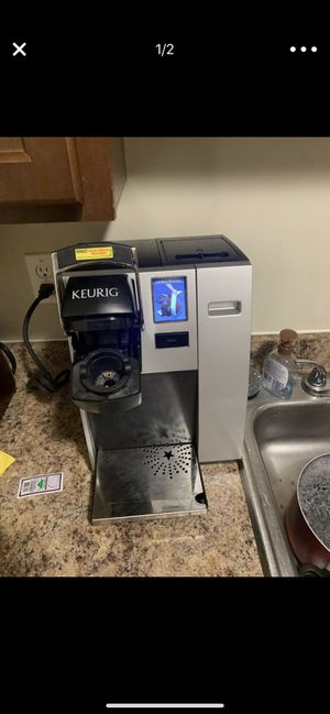 Keurig coffee machine for Sale in WARRENSVL HTS, OH