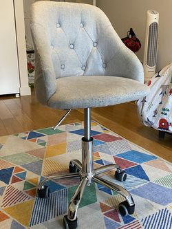 Kids Swivel Chair for Sale in Brooklyn,  NY