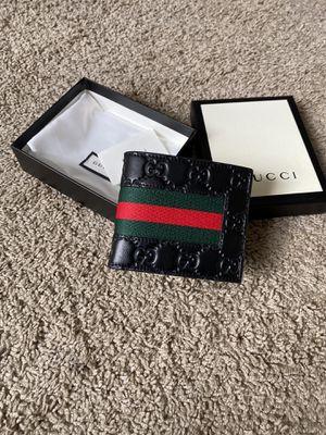 Men's Gucci wallet for Sale in Lyndhurst, OH