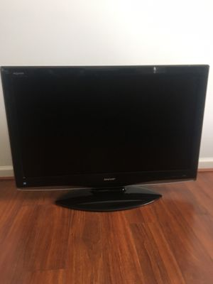 Sharp 43 in. LCD tv for Sale in Fuquay-Varina, NC