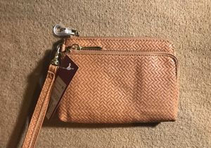 Brown wristlet for Sale in Chicago, IL