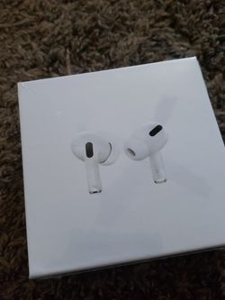 Apple AirPod PROS. for Sale in Glassport,  PA