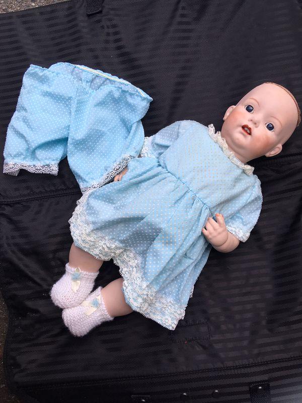 Vintage Collectible Simon Halbig doll