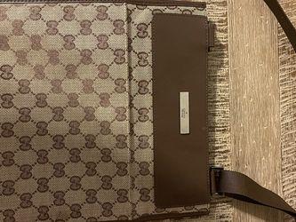 Gucci Shoulder Bag for Sale in Lynn,  MA