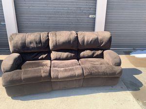 3 seat electric recliner for Sale in Wichita, KS