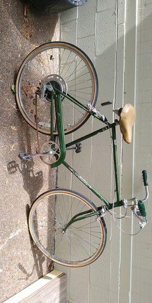 Vintage 1980 Schwinn Road Bike for Sale in Nashville, TN