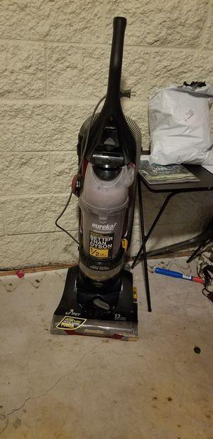 Eureka Bagless Pet Vacuum for Sale in Tucson, AZ