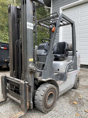 2006 Nissan 50 forklift for Sale in Gig Harbor, WA