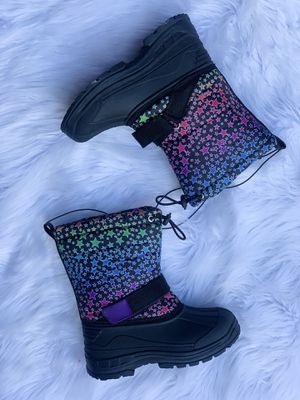 Snow boots for kids , girls / kids snow boots / bota para la nieve de niña sizes 9,10,11,12,13,1,2,3,4.. $25 each pair for Sale in Bell, CA