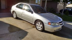 2000 Nissan Altima gxe for Sale in Vancouver, WA