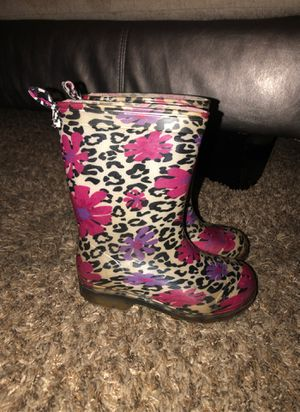 Size 10/11 rain boots for Sale in Duncanville, TX