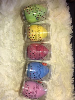 Beauty blenders $6 each for Sale in La Puente, CA