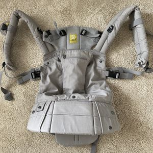 Baby carrier for Sale in Bothell, WA