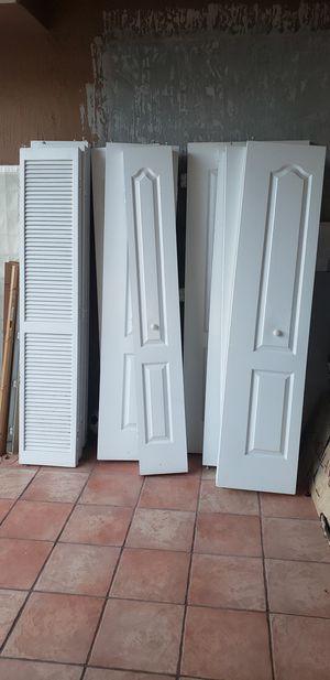 White indoor bi-fold closet doors various sizes for Sale in Miami, FL