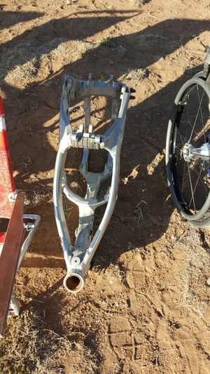 05 CR 450 frame for Sale in Moriarty, NM
