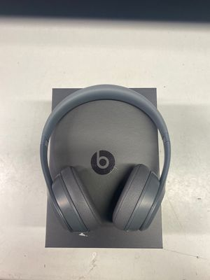 Beats by Dre Solo 3 wireless headphones for Sale in Longwood, FL
