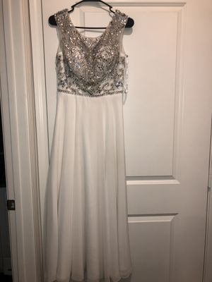 White Long Dress for Sale in Brighton, CO