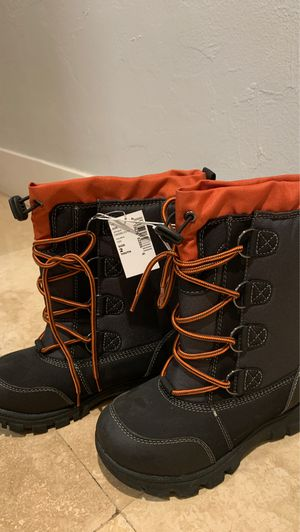 Kids boots size 2 for Sale in Miami, FL