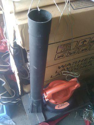 Black n decker leaf hog leaf blower for Sale in Montebello, CA