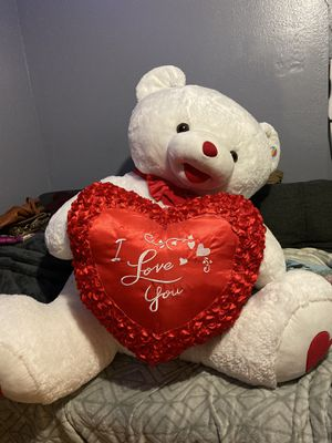 Giant Teddy Bear for Sale in San Bernardino, CA