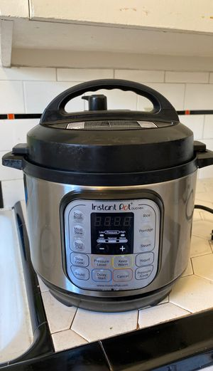 Instant Pot electric pressure cooker: duo mini for Sale in Portland, OR