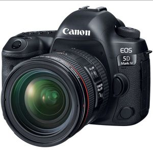 CanonEOS 5D Mark IV DSLR Camera with With 24-70mm Lens f/4L II Lens and Accessory for Sale in West Hollywood, CA