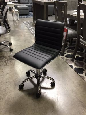 Black Office Chair, 1125BK for Sale in Santa Fe Springs, CA