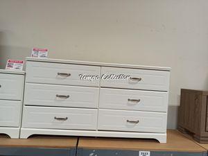 Dresser, White, SKU# ASHB102-31TC for Sale in Santa Fe Springs, CA