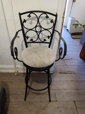 360 swivel bar stool black r iron for Sale in Trenton, NJ