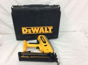 DeWalt Nail Gun (cordless) DC618 for Sale in West Palm Beach, FL