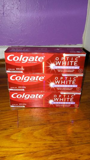 3 Colgate toothpaste optic white Advance for Sale in Glenarden, MD