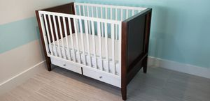 Crib, mattress, dresser, changing table for Sale in Cooper City, FL
