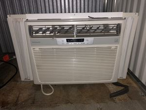 Frigidaire Window AC for Sale in Los Angeles, CA