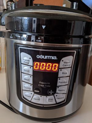 Gourmia crock pot for Sale in DeSoto, TX