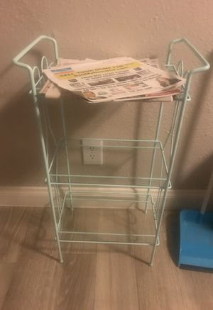 Small 3 tiered shelf for Sale in Las Vegas, NV