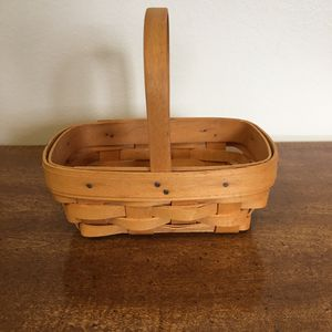 Longaberger basket - small for Sale in Hilliard, OH