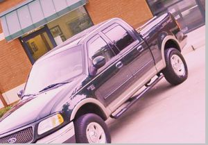 ⭐️2001 F150 Ford lariat 4WD🍁 for Sale in Indianapolis, IN