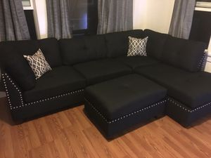 "Black sectional sofa couch ottoman included/ reversible chaise 104""x 75"" brand new in box for Sale in Lakewood, CA"