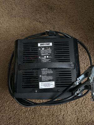 DieHard battery charger for Sale in Eugene, OR