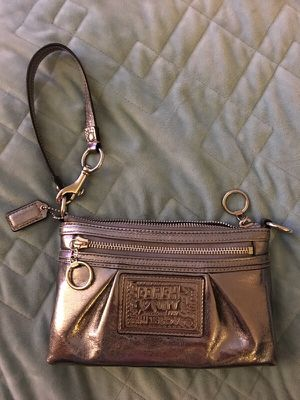 Coach handbag for Sale in Baltimore, MD