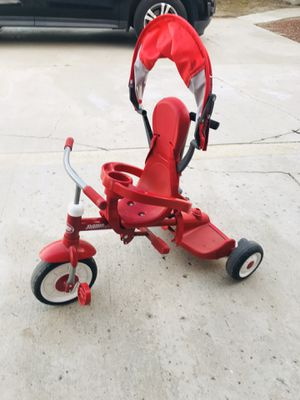 Radio Flyer 4 in 1 Stroll and Trike for Sale in Hacienda Heights, CA