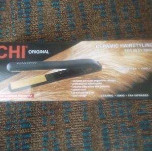CHI Professional Hair Straightener for Sale in Orlando, FL