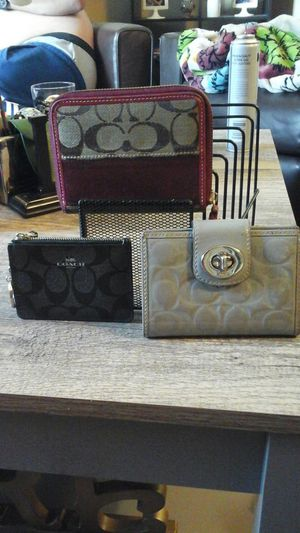 Coach wallets n coin purses, valentine wallet for Sale in Austin, TX