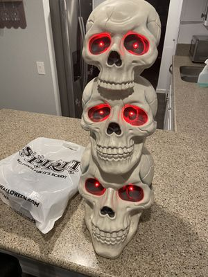 Skeleton Halloween decoration for Sale in Oceanside, CA