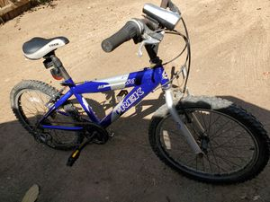 Trek Mountain Lion 60 boys bike for Sale in San Diego, CA