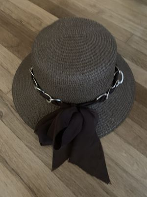 Womens Sun Hat Brown with Gold Chain and Bow for Sale in Pico Rivera, CA