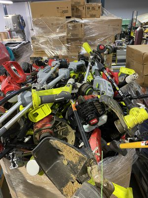 74 Dewalt, Toro, Ryobi and Ego Weed Eaters, Chainsaws, Trimmers and Blowers! No Batteries. Huge Pallet! Excellent Condition! for Sale in Santa Ana, CA