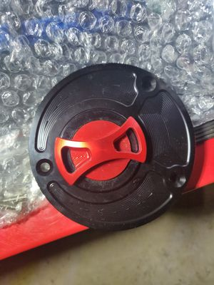 Yamaha r6 fuel tank cover for Sale in Renton, WA